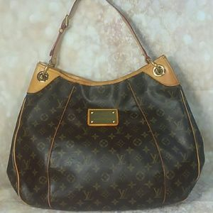 Authentic Louis Vuitton Monogram Hobo Bag